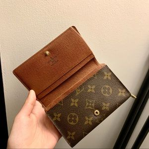 Authentic Louis Vuitton monogram bifold wallet